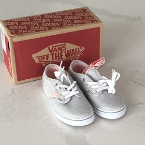 New in Box Vans Atwood Low Sneaker, grey and peach, size 11